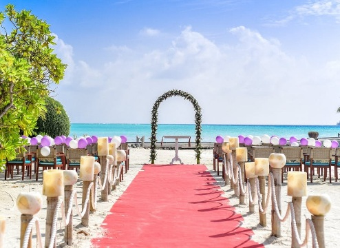 Why You Should Have A Destination Wedding